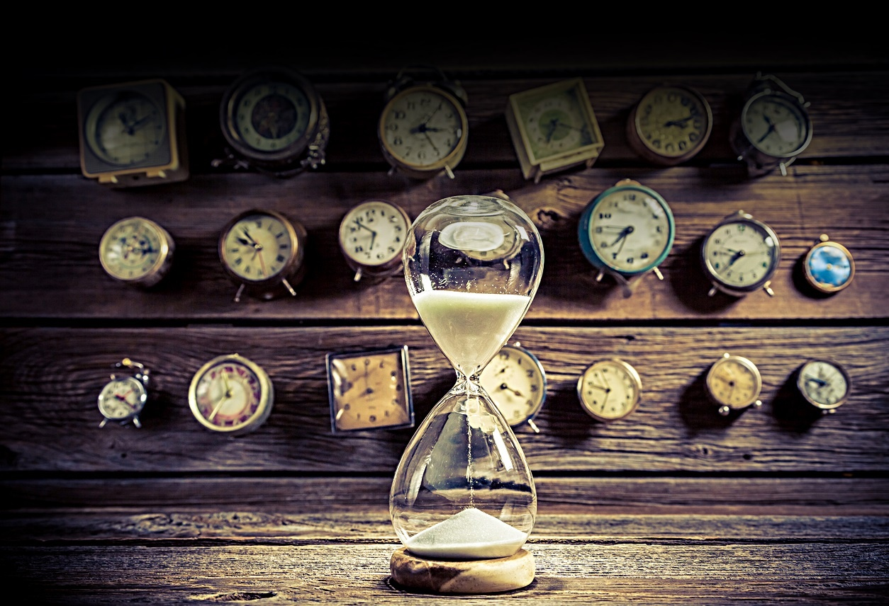 Hourglass time clocks 2.jpg